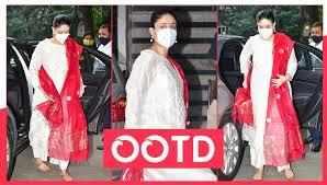 Kareena Kapoor Khan Being A Fashion Inspiration