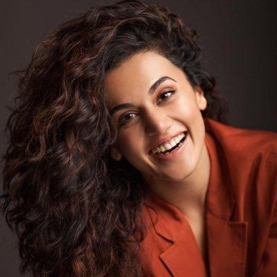Did Taapsee Out Twinkle Khanna In Her Interview?