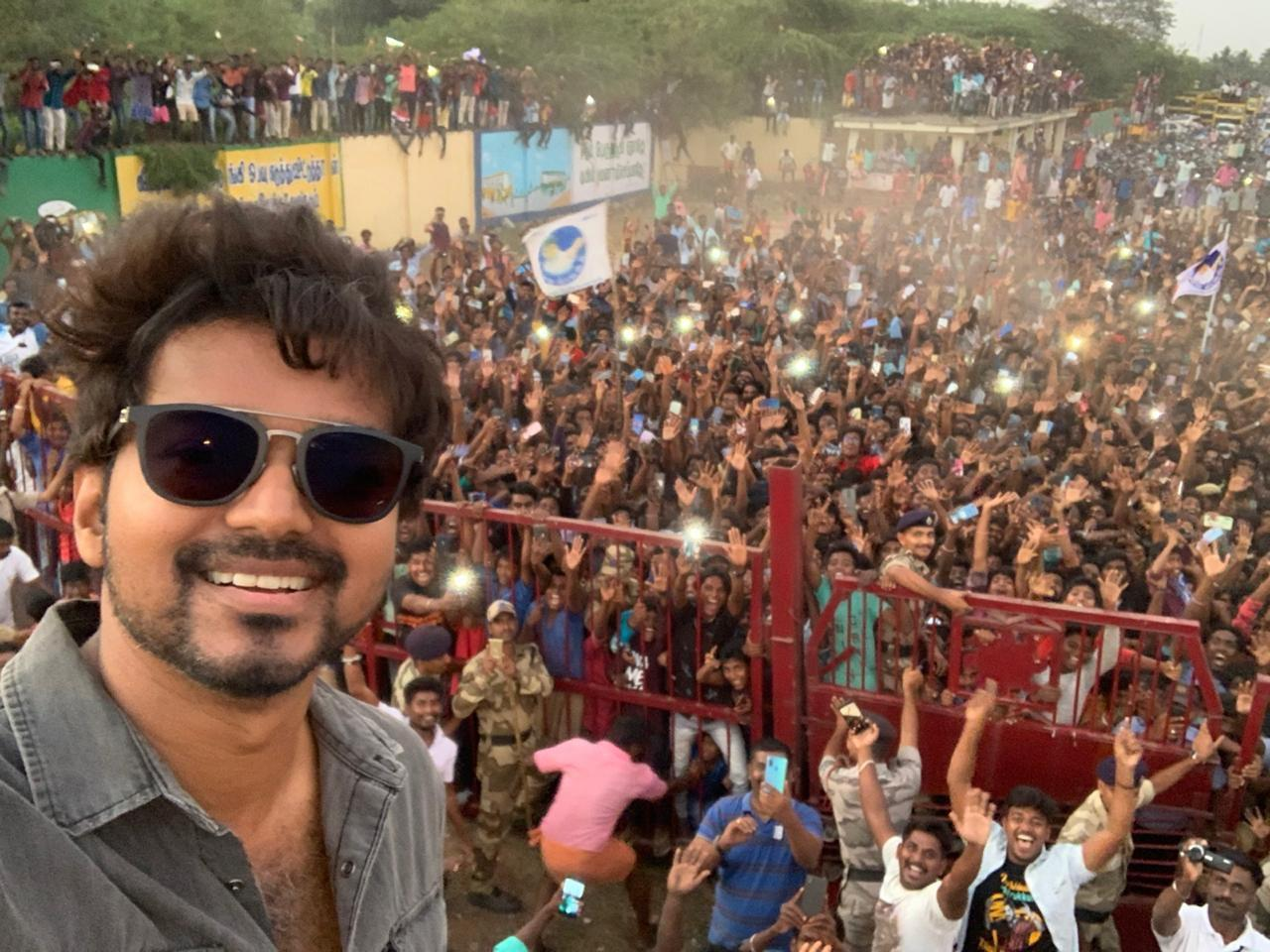 Thalapathy Vijay's Selfie With His Fans Is The Most Retweeted Tweet Of 2020