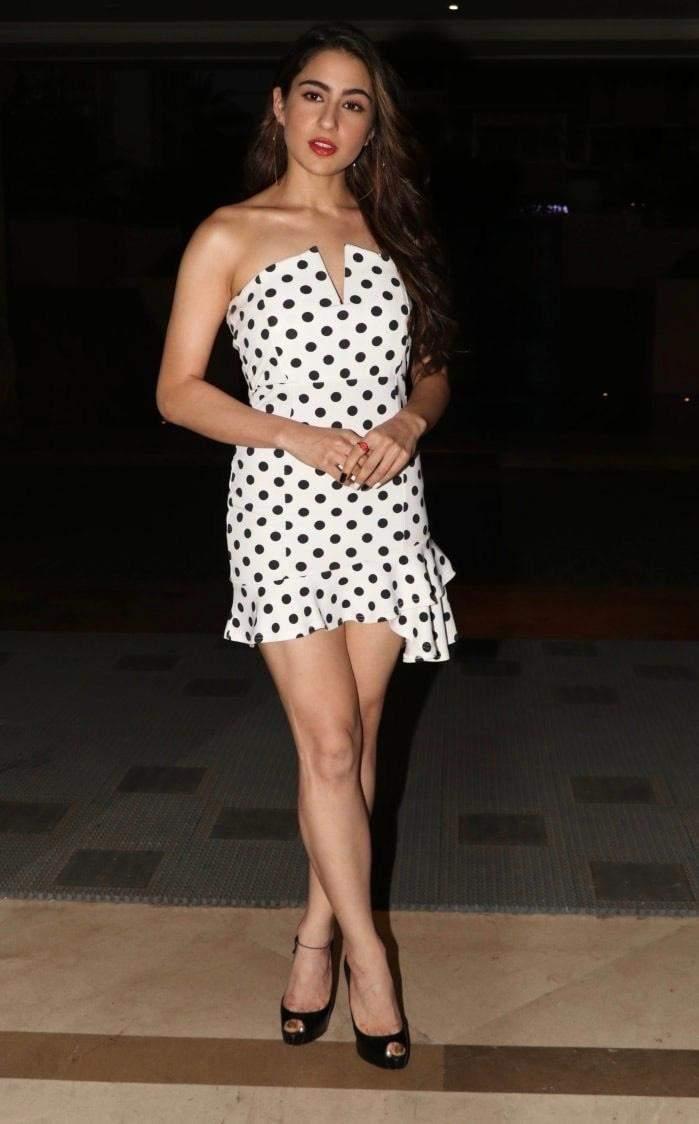 Bollywood Actresses & Polka Dots