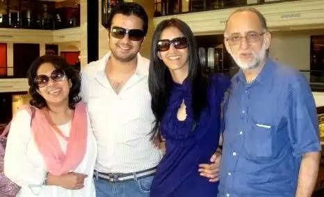 Gautam Kitchlu parents